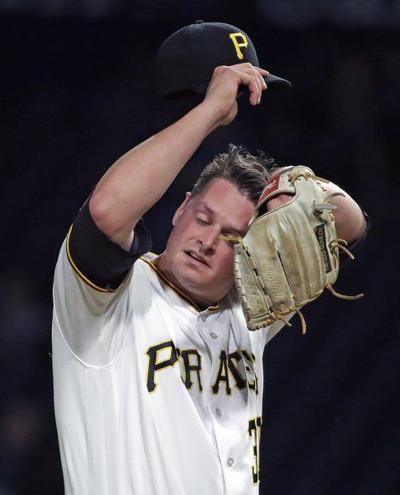 Pirates reliever Burdi injured; Arizona rallies
