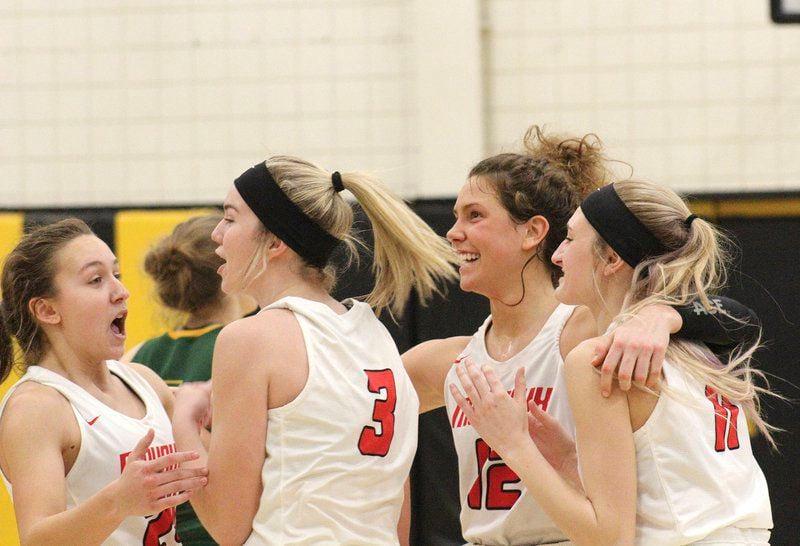 Mohawk girls reach state quarterfinals with win