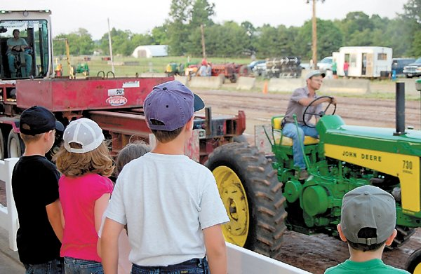 Photo Gallery: Scenes from antique tractor pull