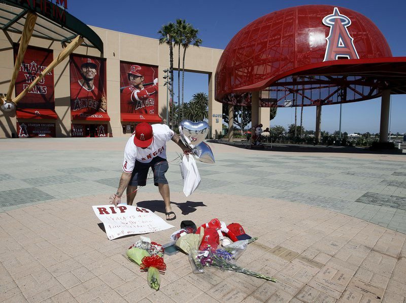 Angels pitcher Tyler Skaggs dead at 27; found in hotel room