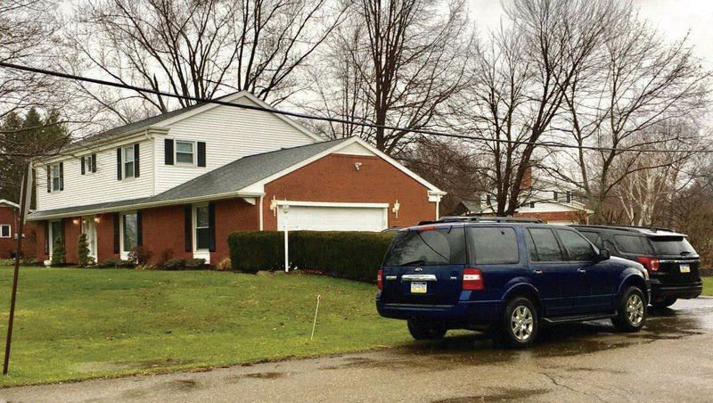 Feds search Hermitage commissioner's home