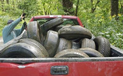 Volunteers spearhead tire cleanup