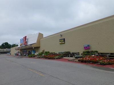 New Castle Kmart survives latest closings   News