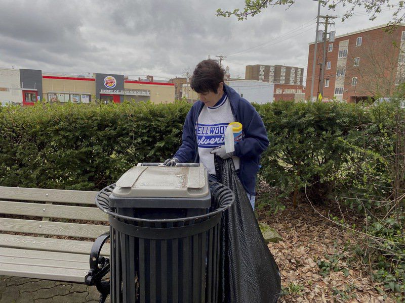 Ellwood City residents rally to clean community