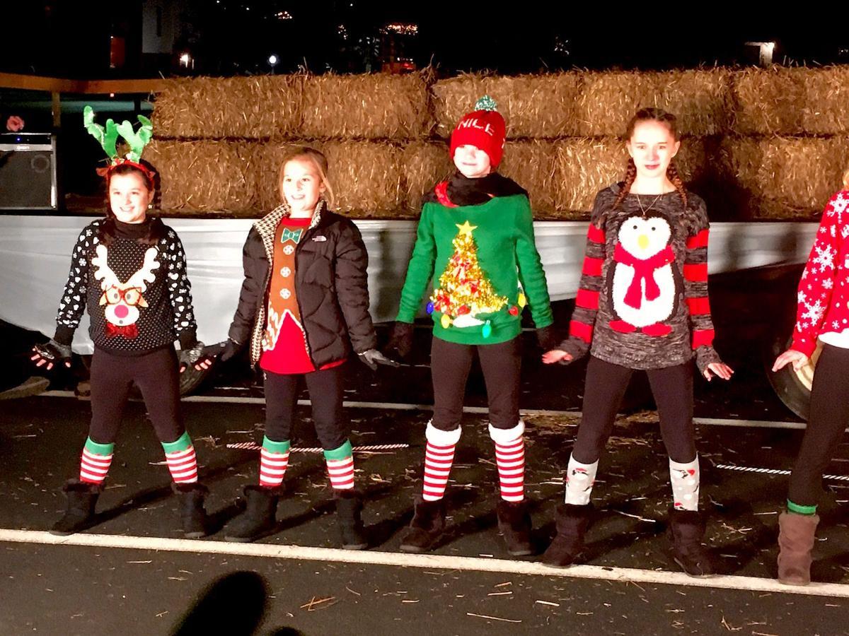 Ellwood City High School Christmas Dance 2020 Wampum kicks off weekend of holiday events | News | ncnewsonline.com
