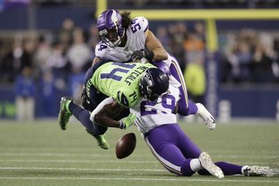Seahawks top Vikings, take over top spot in NFC West