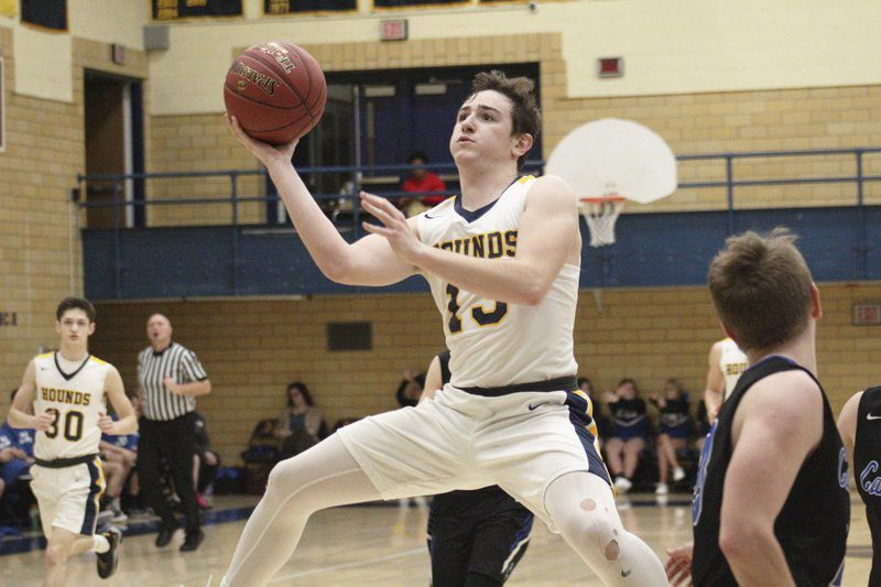 'Hounds cruise into District 10 semifinals
