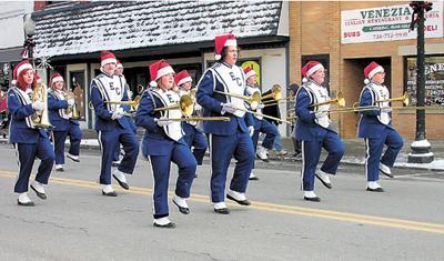 Ellwood City High School Christmas Dance 2020 Santa, entertainment highlight lighting event in Ellwood City