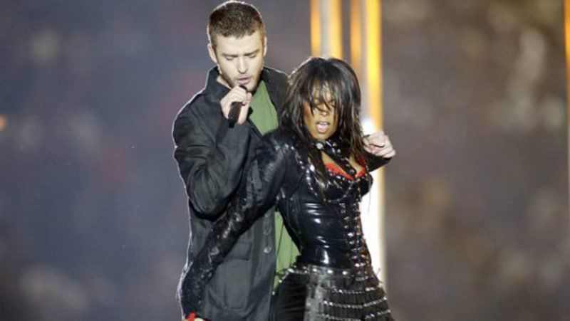 SIRIANNI: Super Bowl halftime show sure to bring annual complaints
