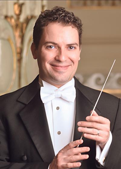 Assistant Conductor Andrés Franco