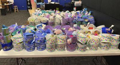 Easter rabbits to give free baskets to kids
