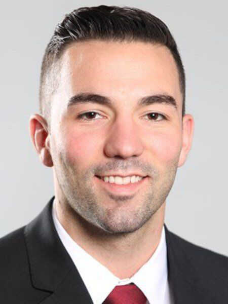 Richards hired by Holy Cross men's basketball team