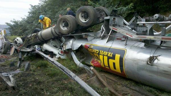 Diesel tanker crash in Maryland snarls I-95 traffic Tuesday