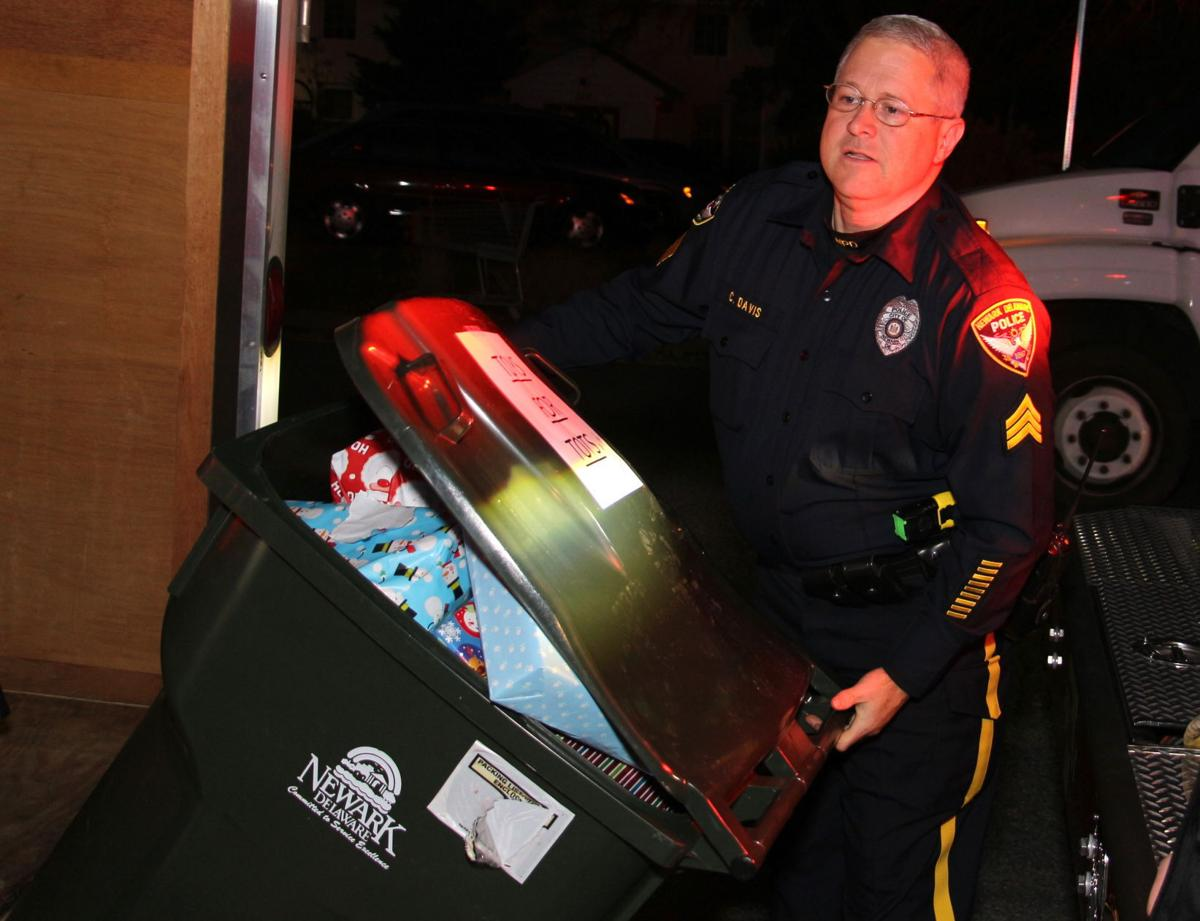 Police Toys For Tots 2017 : Newark police seeking donations for toys tots program