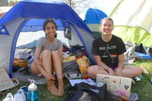 UD students camp out for first pick of Lang Development apartments