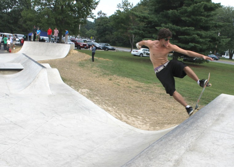 52738fd666b0c0 Skateboarders and BMX riders of all ages try out the newly opened skate  spot in Handloff Park in Newark on Thursday. The skate spot is Newark s  first and ...