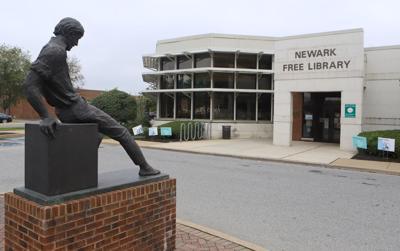 Newark Free Library