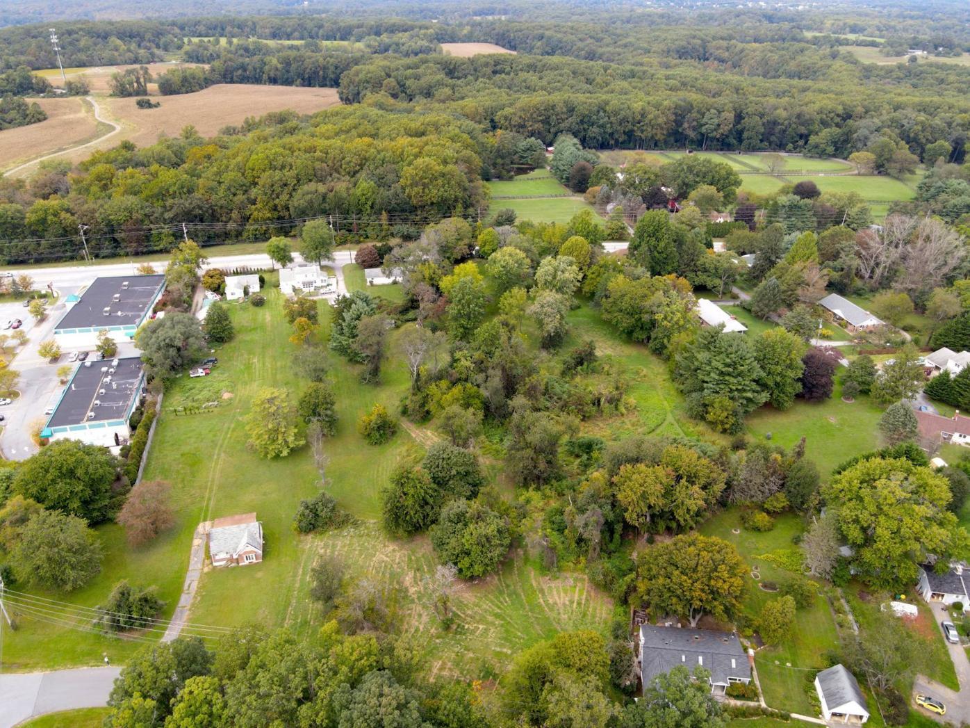 Max Walton property
