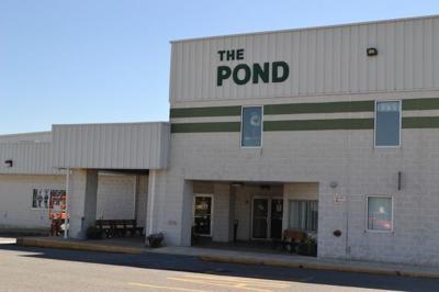 Pond Ice Arena