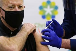 Biden gets 2nd dose of vaccine at Christiana Hospital as team readies COVID-19 plan