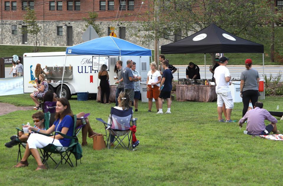 Beer garden opens in Newark park, will continue through Sunday
