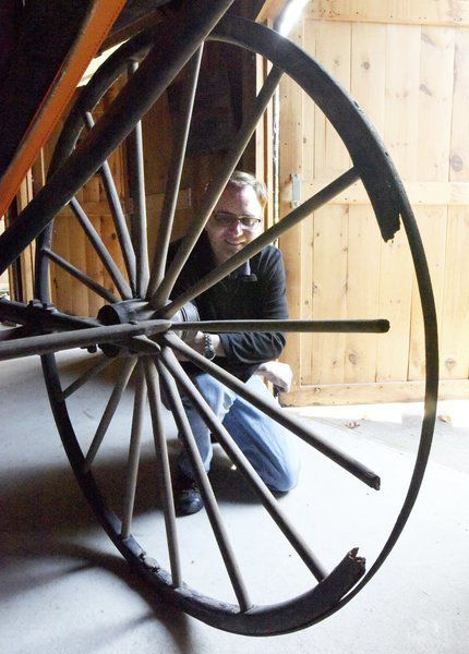 Bartlett Museum welcomes donated Amesbury-built carriage