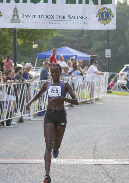Runners endure sweltering conditions at Lions Club Yankee Homecoming races