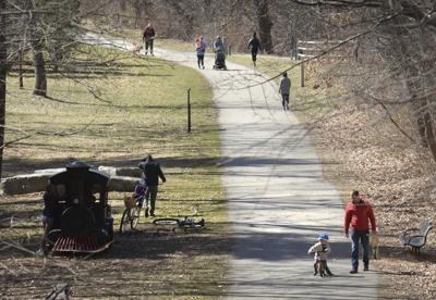 Crowds on rail trail have Newburyport mayor concerned