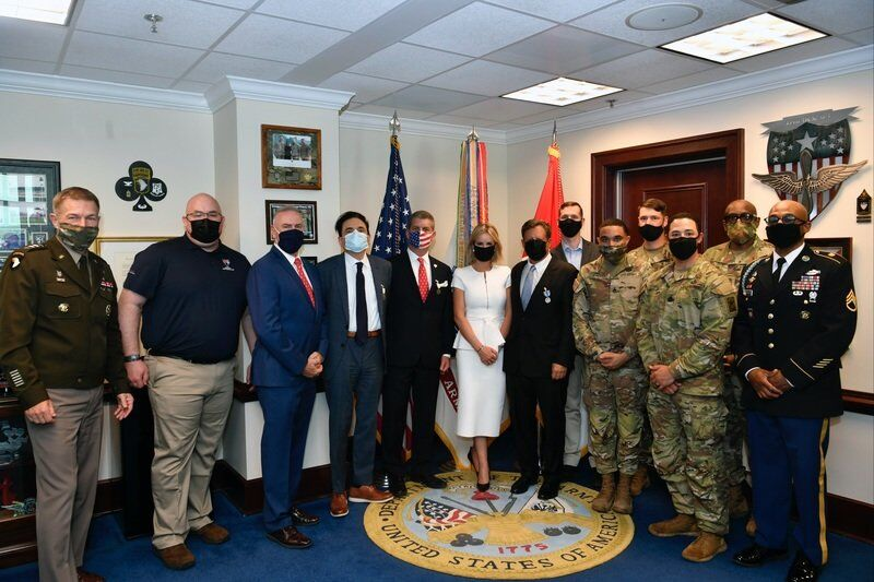 Local man receives commendation medal from Pentagon