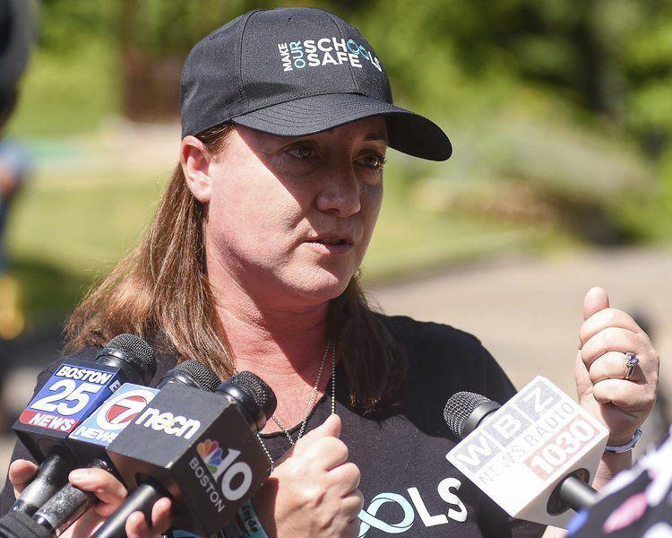 Mom of mass shooting victim speaks in Ipswich