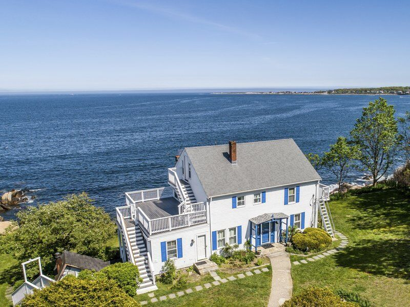Oceanfront colonial offers a world of possibilities