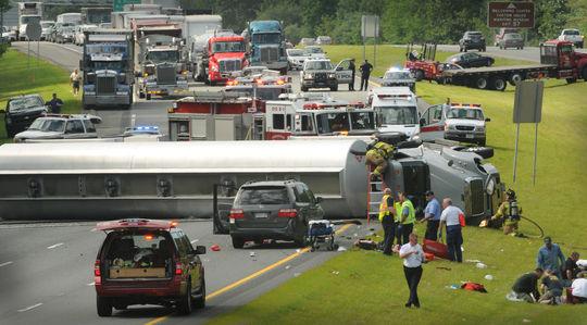 Highway crash creates chaos   Local News   newburyportnews com