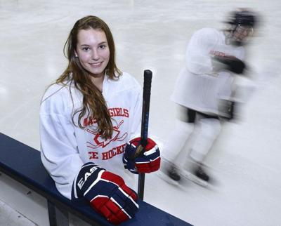 Sports in a Minute: Newburyport's Hulse impresses at Hockey Night in Boston showcase