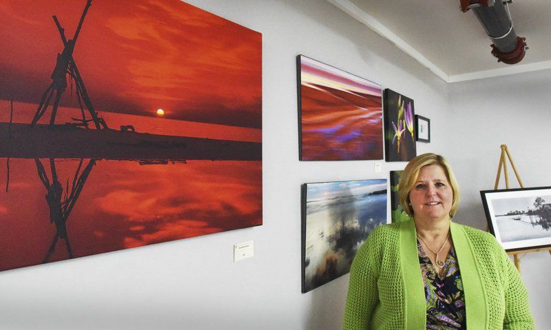 With touch of art, Seabrook store offers more than just appliances