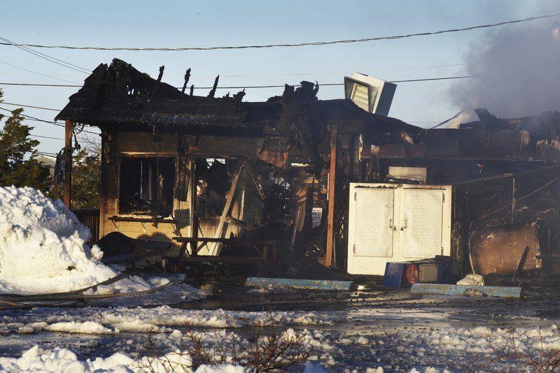 Fire Destroys Catalano S Market In Seabrook Beach Local News Newburyportnews Com