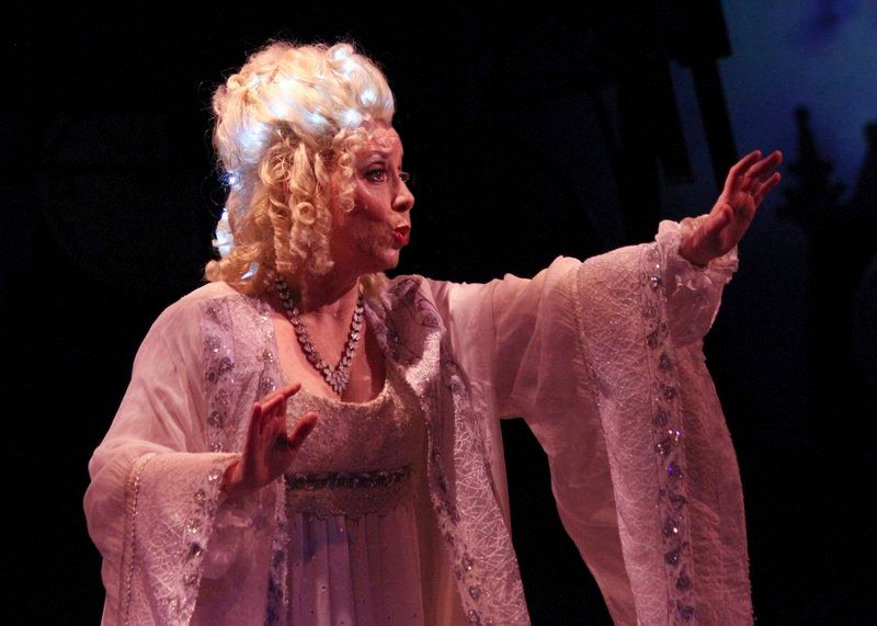 A softer side of Scrooge: 'Christmas Carol' brings its message back to North Shore Music Theatre