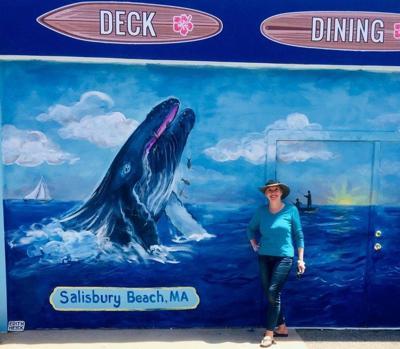 Newburyport artist brings color to SurfSide restaurant