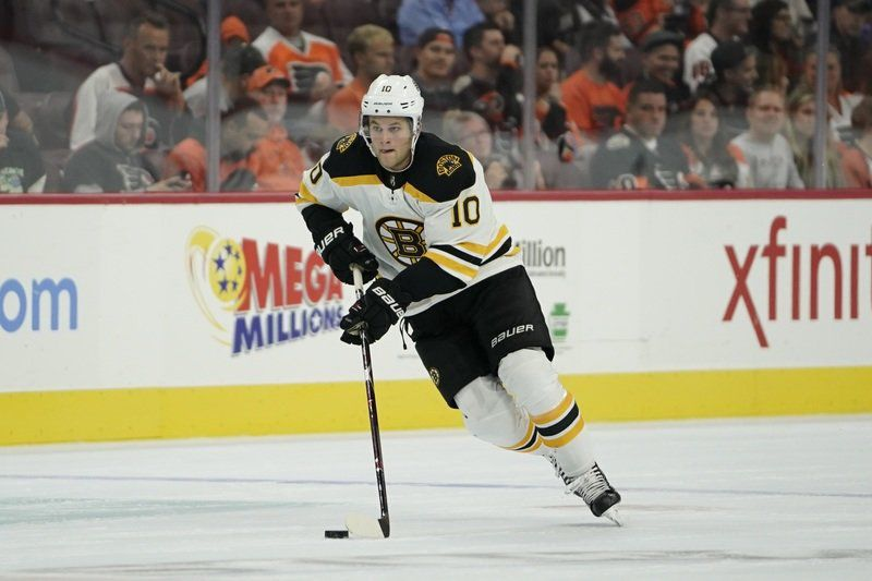 Youth comes calling, leading to more buzz for Bruins heading into 2017-18
