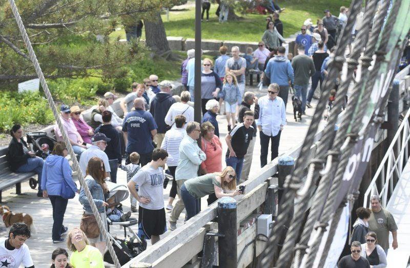 Crowds flock to experience Nao Santa Maria