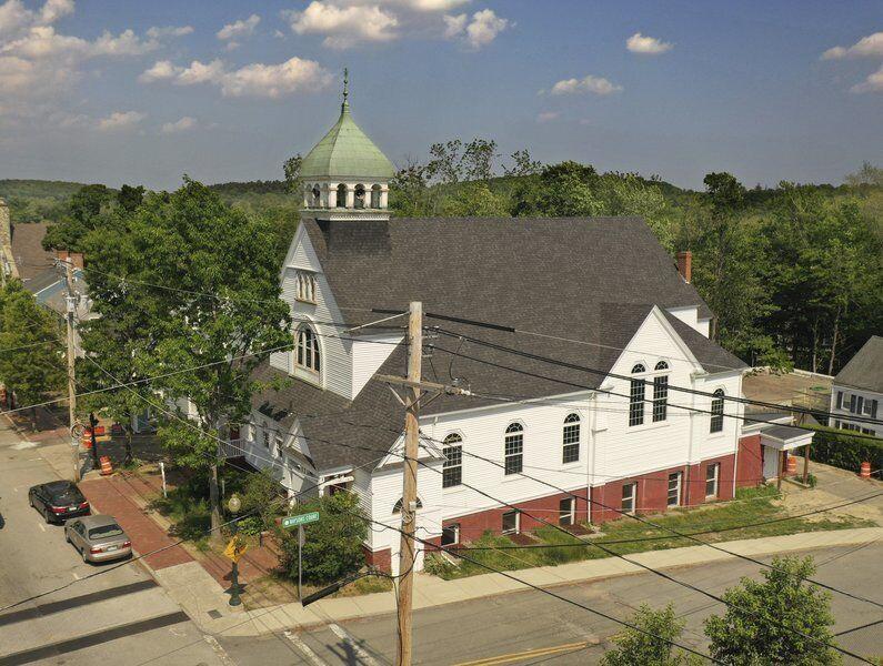 Former Amesbury church, parsonage under preservation restriction