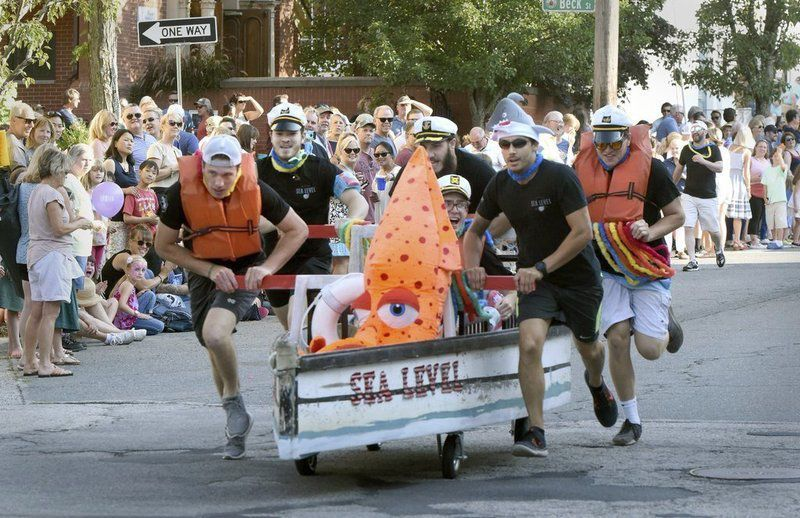 No sleepers in annual Newburyport Lions Club Bed Race