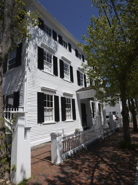 NBPT@3mph: Walking tour of the Federals of Fruit Street