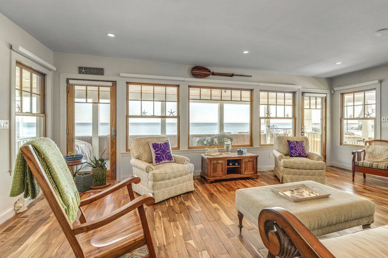 Luxury living on Gloucester's Back Shore