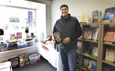 Pop-up bookstore hopes to stay in Amesbury