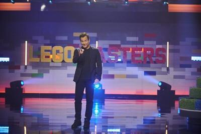 Arnett dusts off dad jokes for 'Lego Masters'