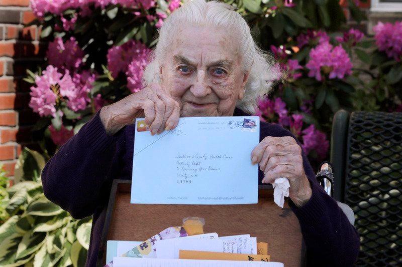 Pen pal program forges connections beyond nursing homes