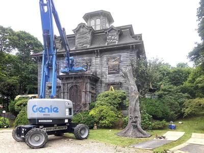 Hotel Marblehead becomes scary for film