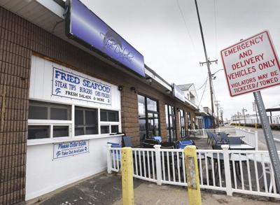 Police: Salisbury bar owner served customers after ban