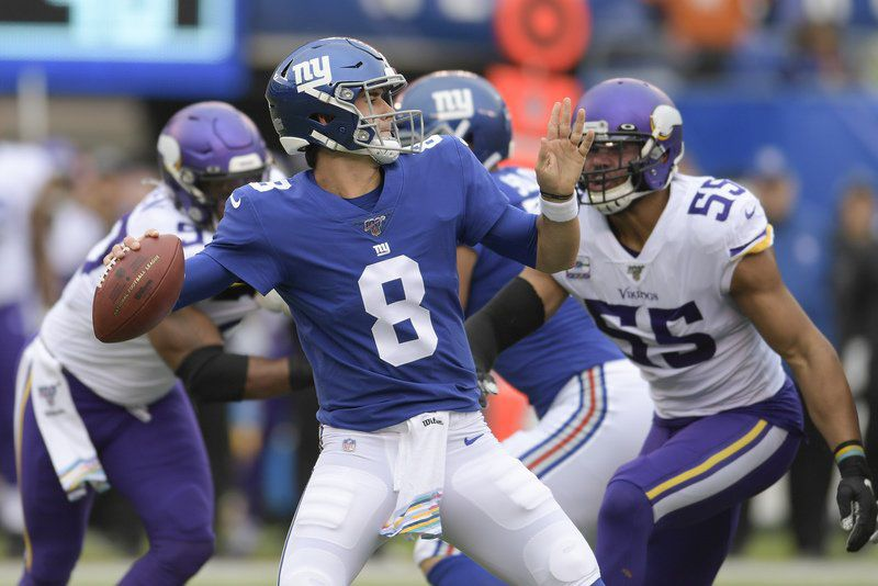 Eli has the touch vs. Patriots, won't get chance to use it