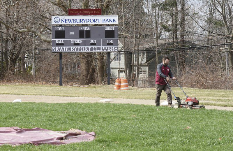 With season delayed into May, spring teams hoping to salvage what little season they can